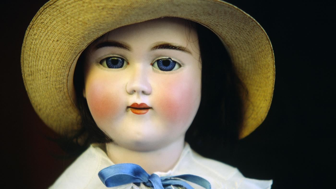 How Do You Research the Value of Collector Dolls?
