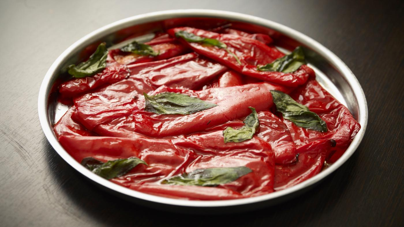 How Do You Roast Red Peppers Using an Oven?