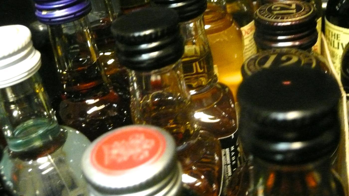 How Do You Ship Alcohol Overseas?