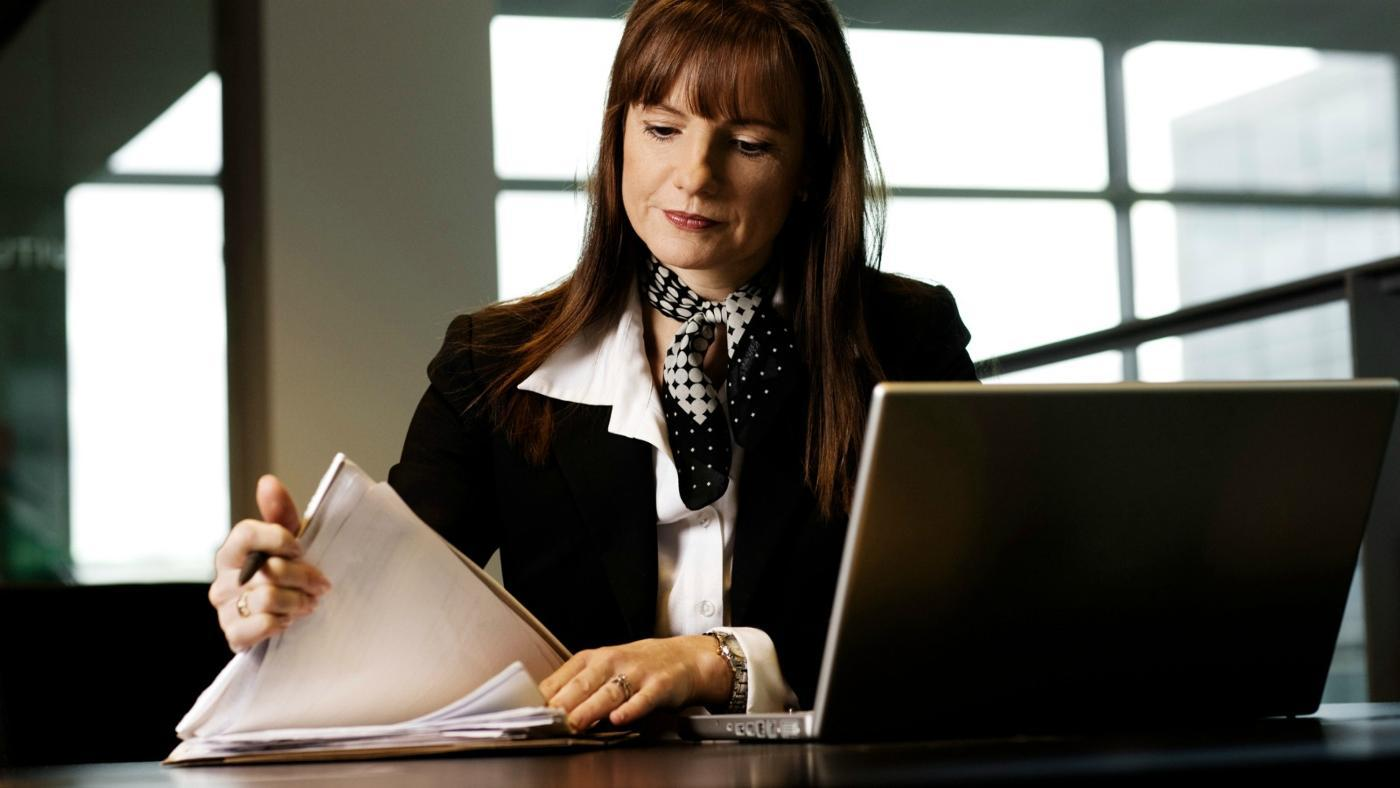 How Should You Write a Consultant Report?