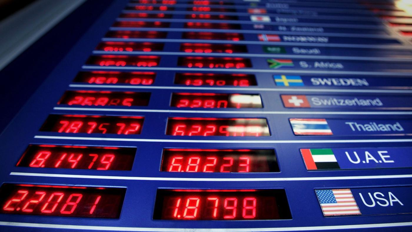 How Do You Get Started Investing in Foreign Currency?