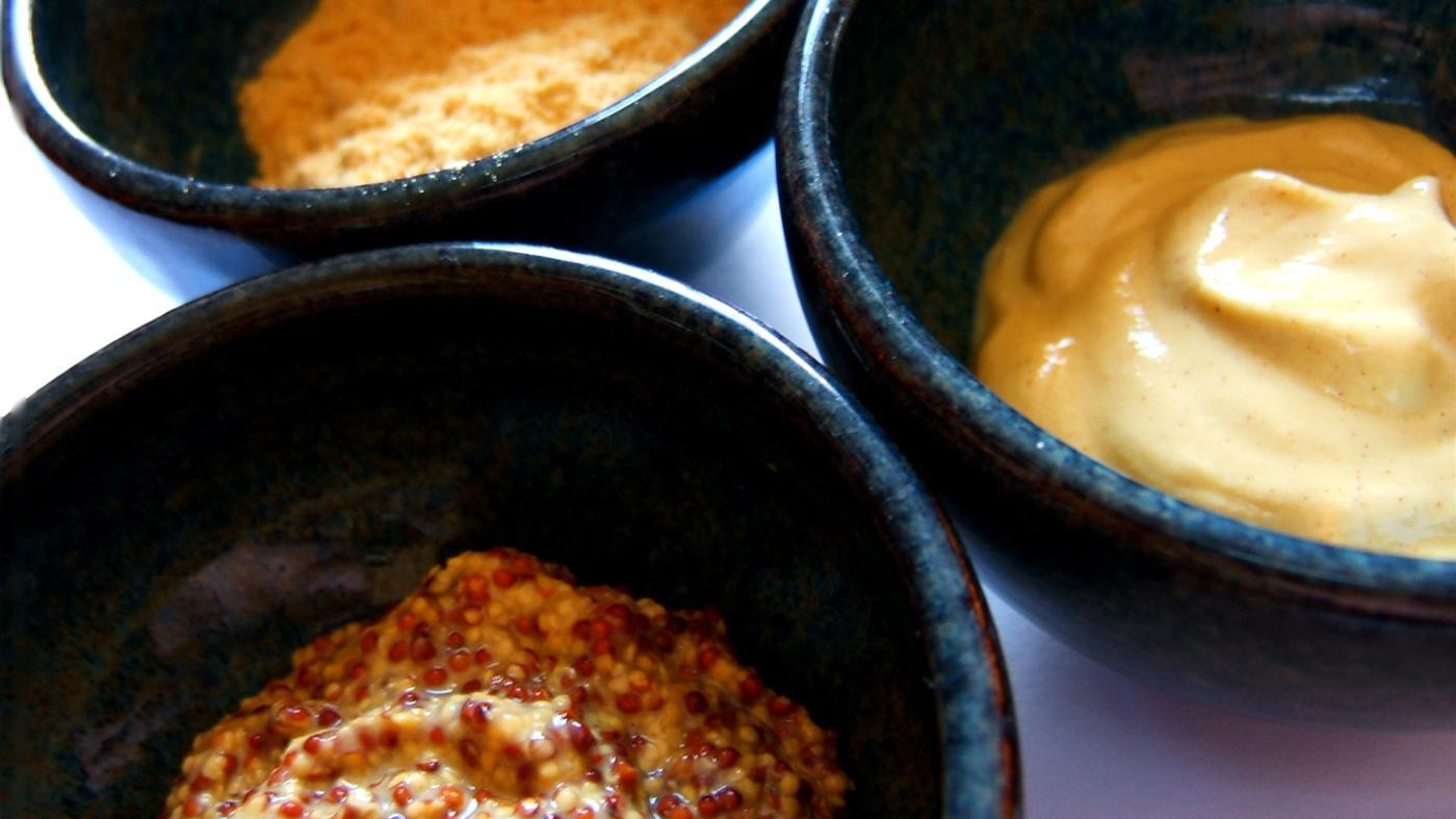 What Are Some Substitutes for Spicy Brown Mustard?