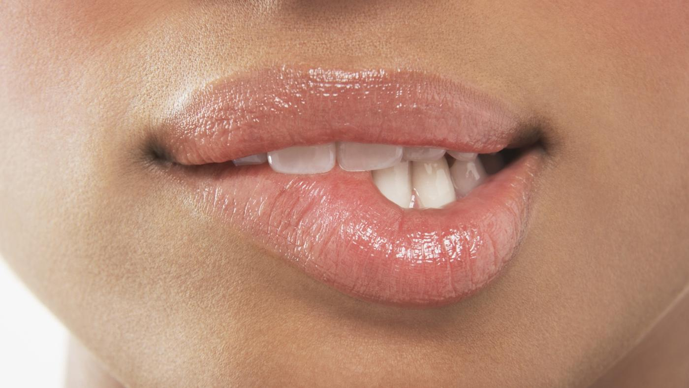 What Are Symptoms of a Mouth Infection?