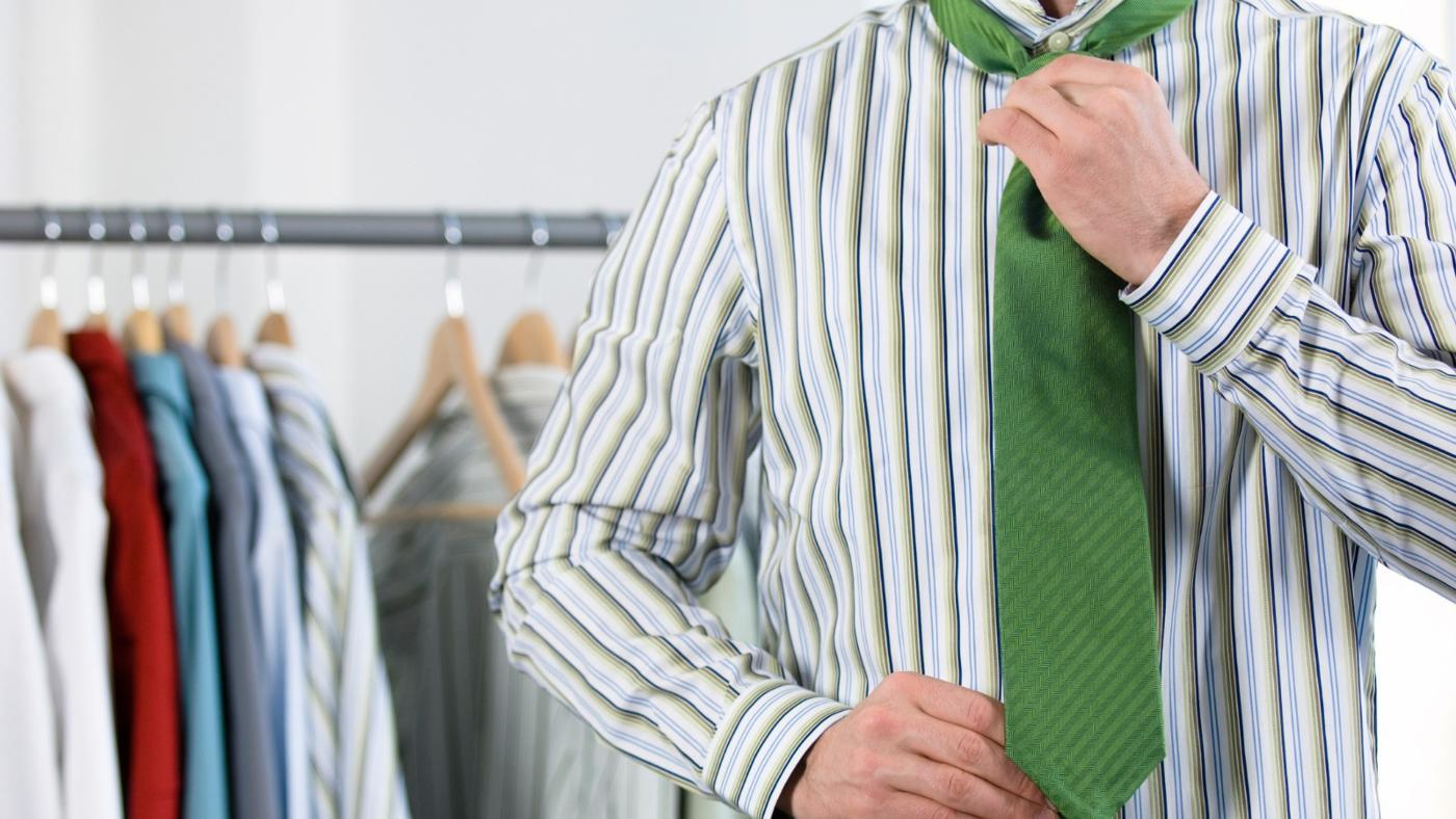 What Tie Goes With a Striped Shirt?