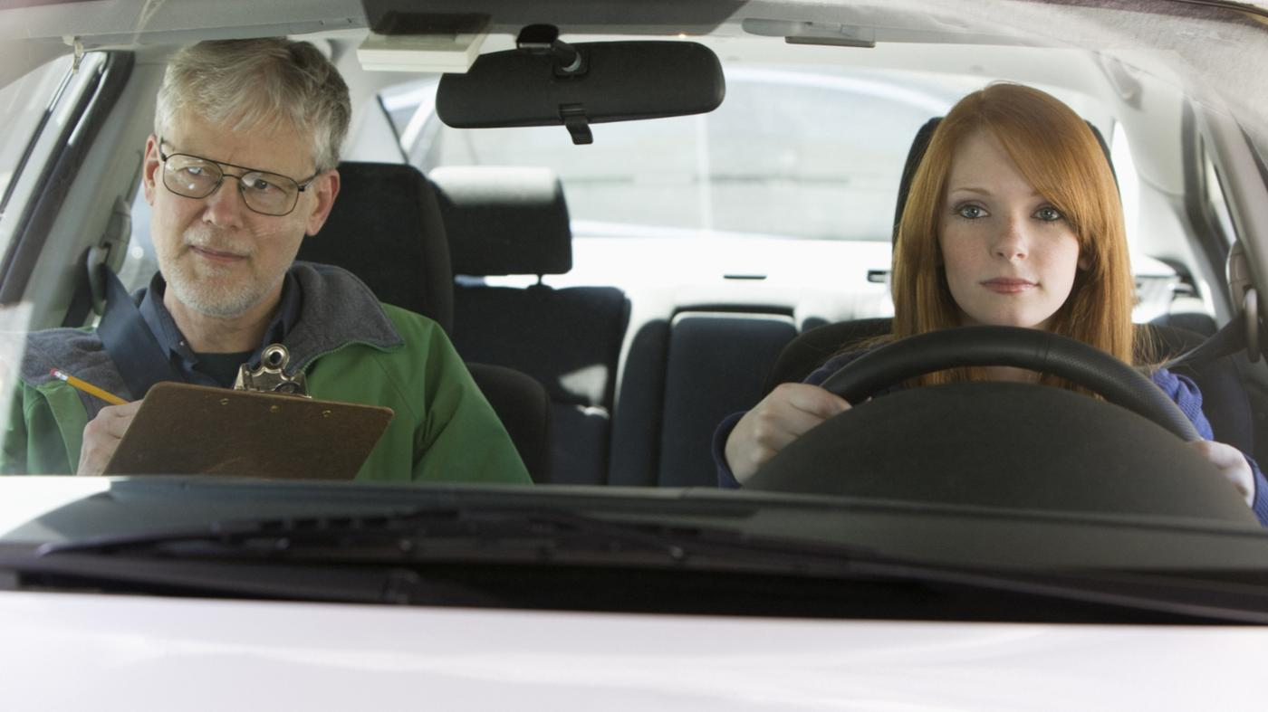 What Are Some Tips to Pass a DMV Road Test?