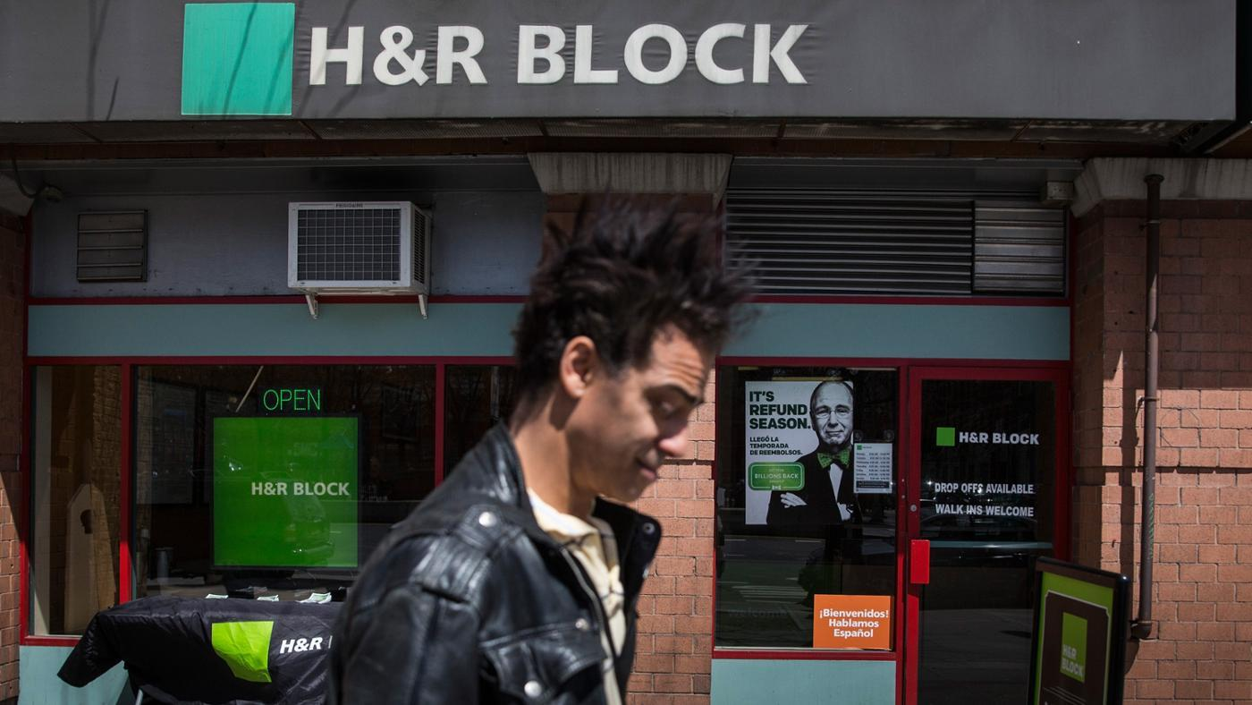 How Do You Use the H&R Block Online Tax Calculator?