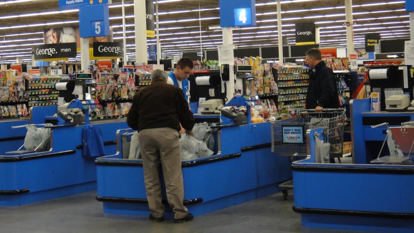 How Do Walmart Employees Check Work Schedules With WalmartOne?