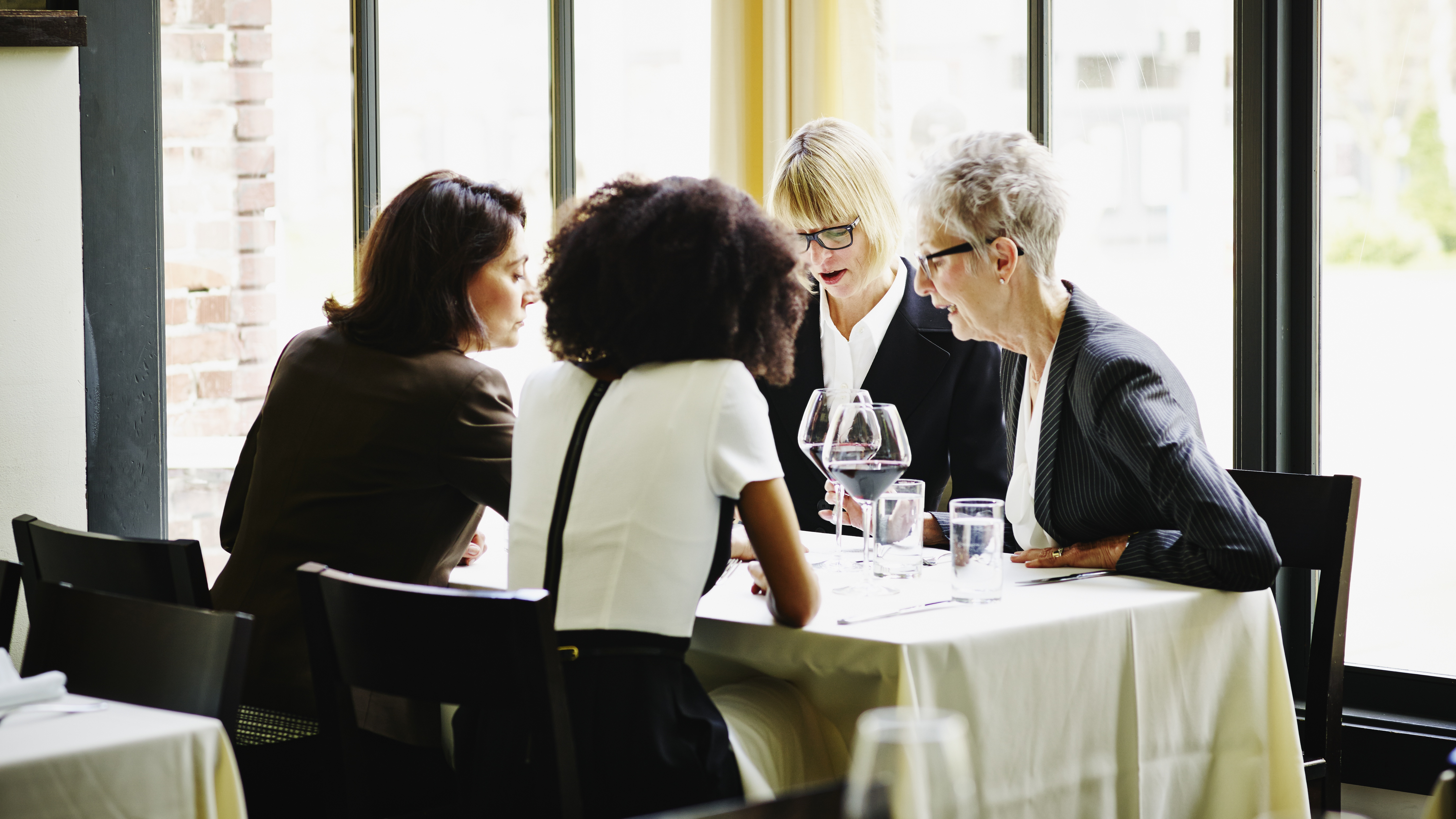 What Do Women Wear to a Business Dinner?