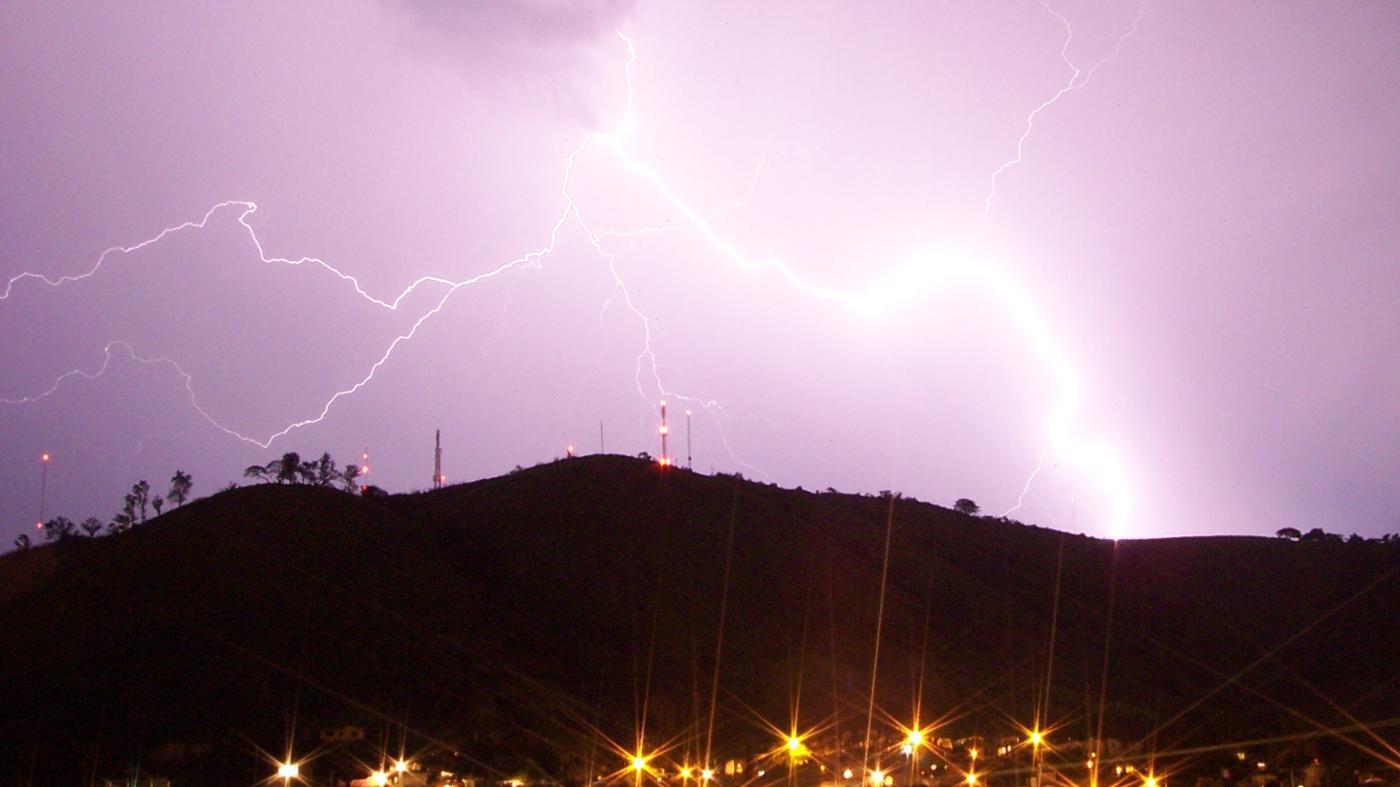 Who Makes Zeus' Lightning Bolts?
