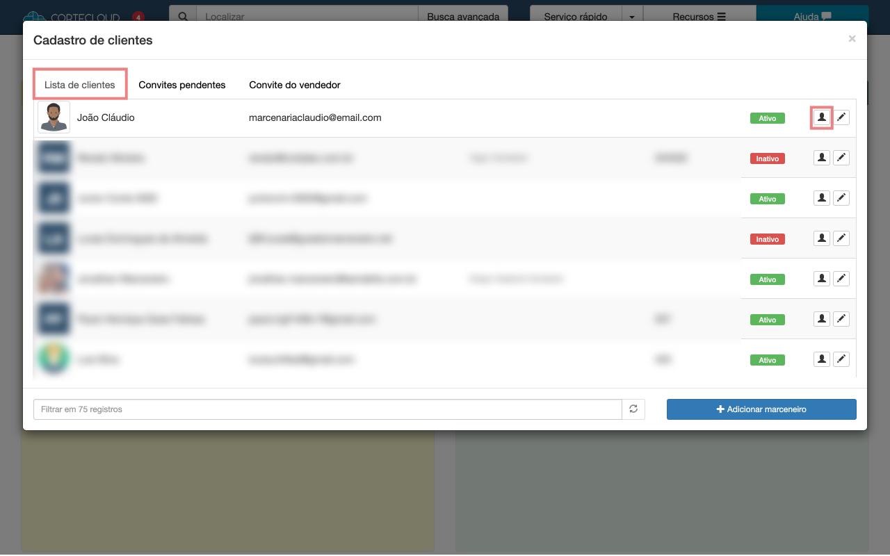 Lista de clientes, com destaque no ícone do botão para acessar o perfil do cliente