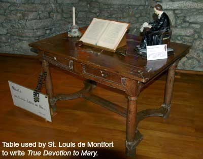 Table used by St. Louis de Montfort to write True Devotion to Mary.