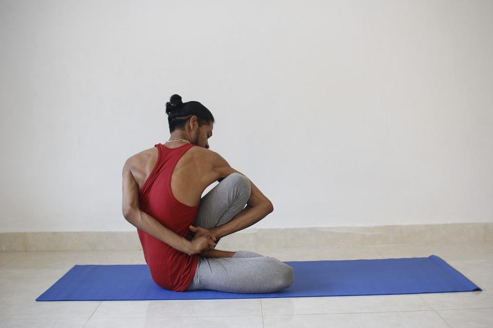 Awaken Kundalini With Yoga Spinal Twists