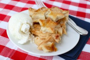 Star-Spangled Apple Pie