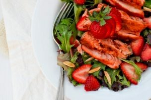 Grilled Salmon Salad with Fresh Strawberries
