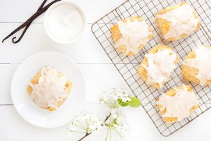 Triple Vanilla Scones