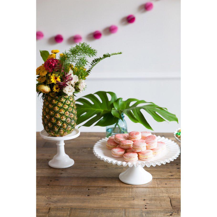Peachy pink macarons