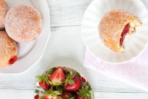 Strawberry Vanilla Doughnuts