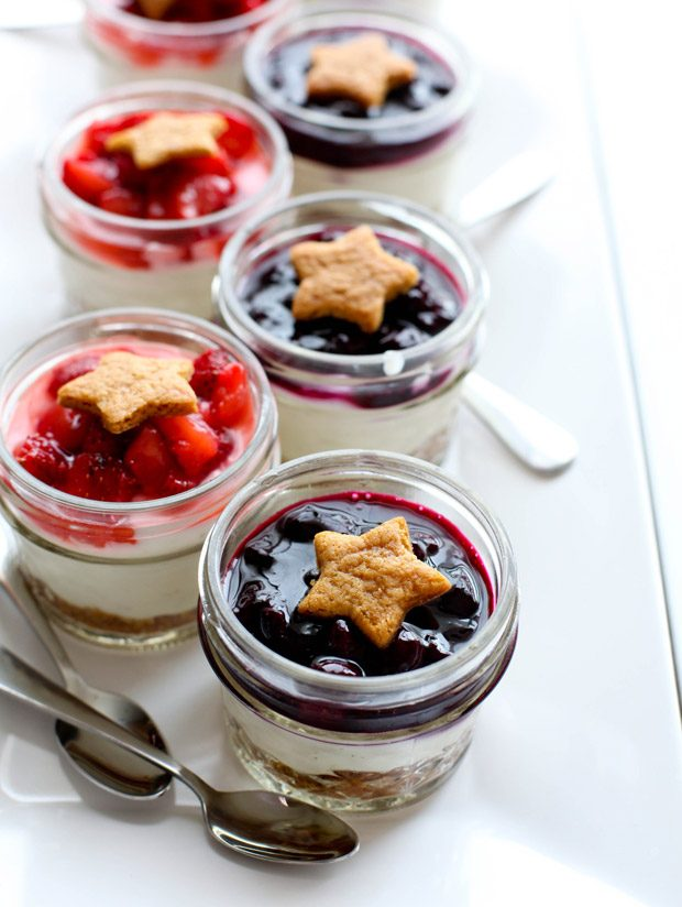 Berry Cheesecake Parfaits {No Bake}
