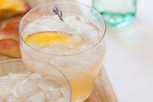 Peach Lavender Gin Fizz