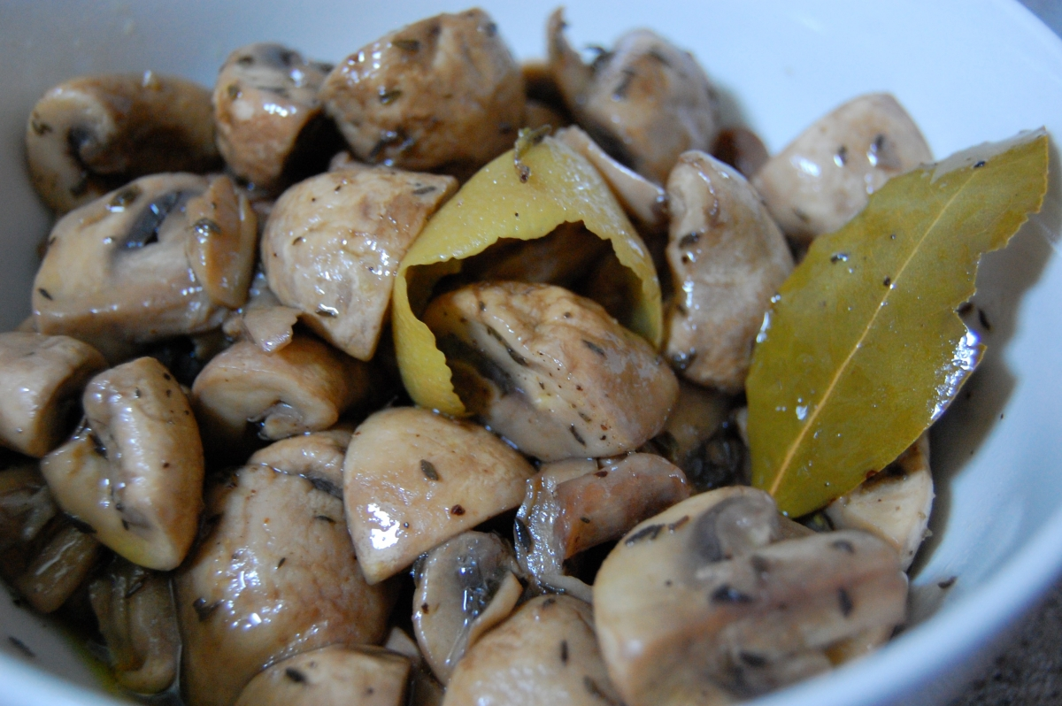 Sous Vide Marinated Mushrooms