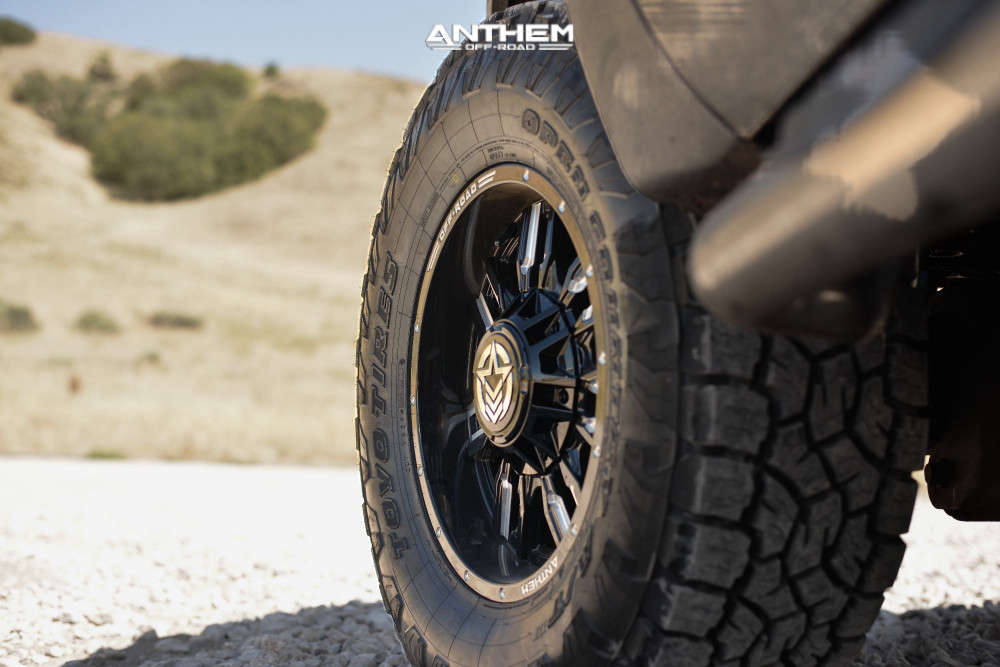 8 2012 F 350 Super Duty Ford Stock Air Suspension Anthem Off Road Equalizer Machined Black