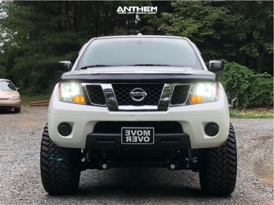 2 2014 Frontier Nissan Rough Country Suspension Lift 6in Anthem Gunner Machined Accents