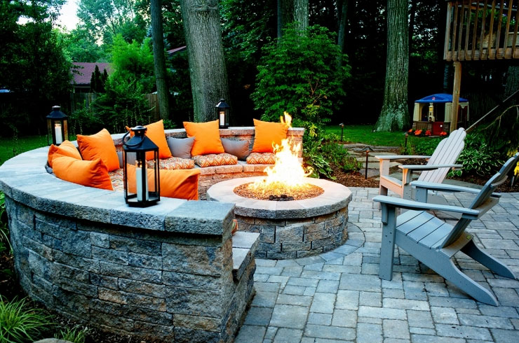 Fire Pits & Fireplace