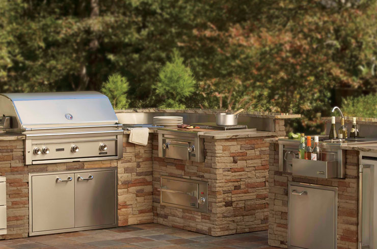 Affordable Outdoor Kitchens Making Outdoor Entertainment Affordable