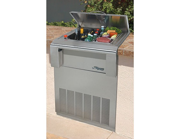 Alfresco 23 built in countertop refrigerator holds ice for Outdoor kitchen refrigerators built in