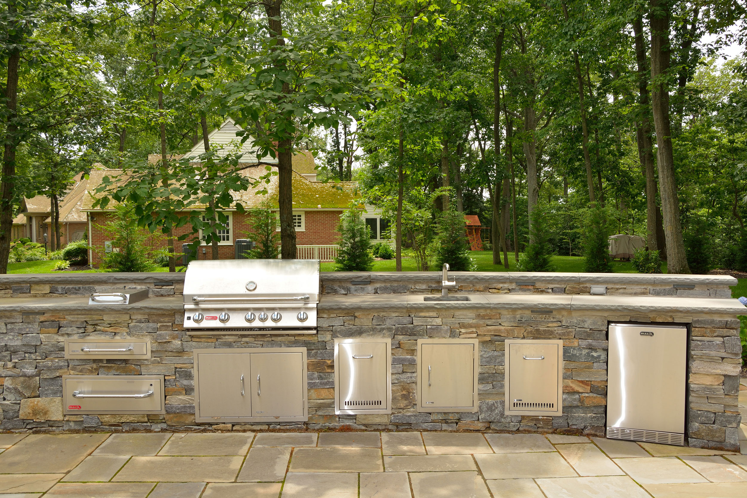 Bull-Outdoor-Kitchen-2 | Affordable Outdoor Kitchens