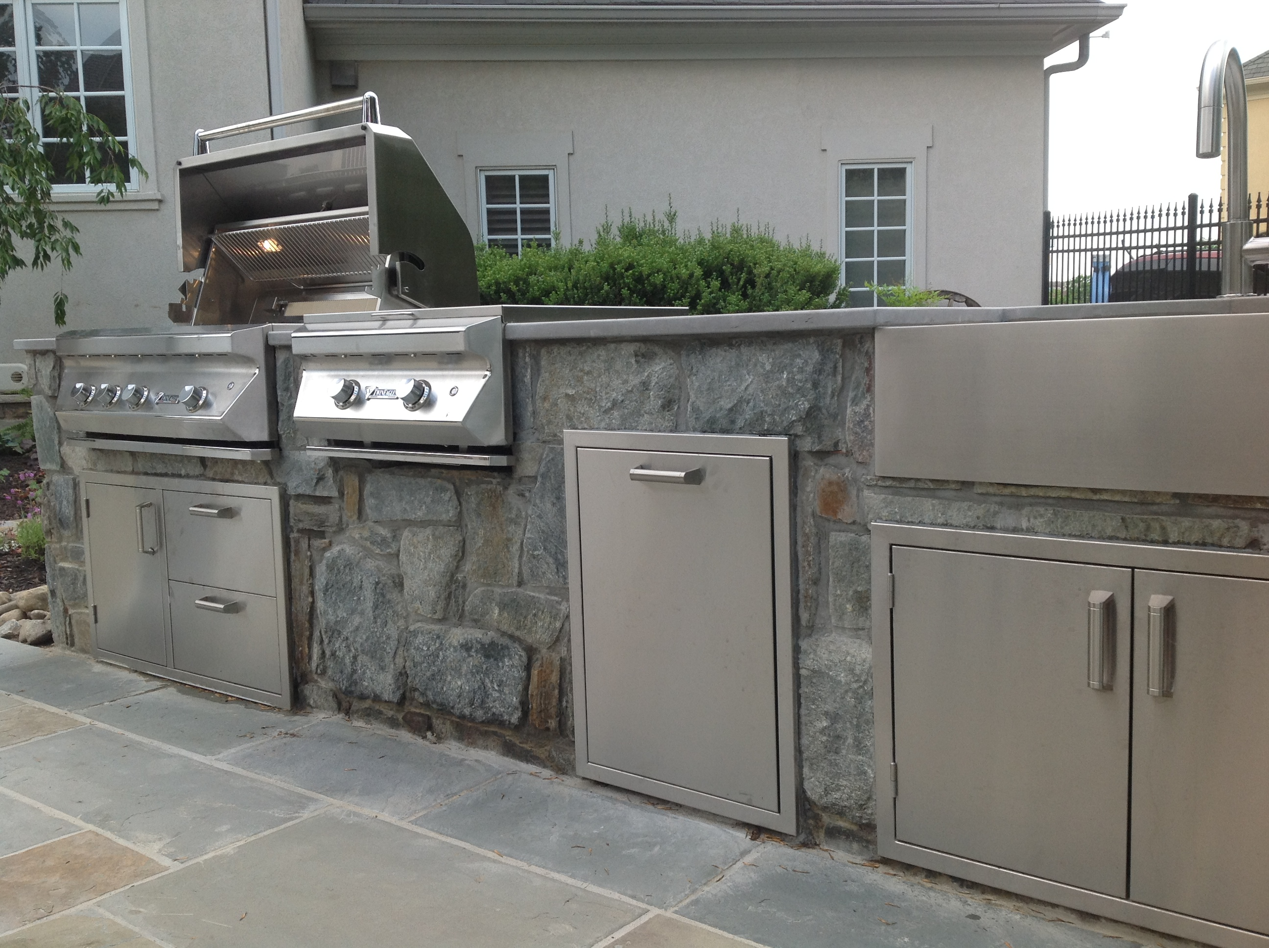 Pcm Cabinets Affordable Outdoor Kitchens