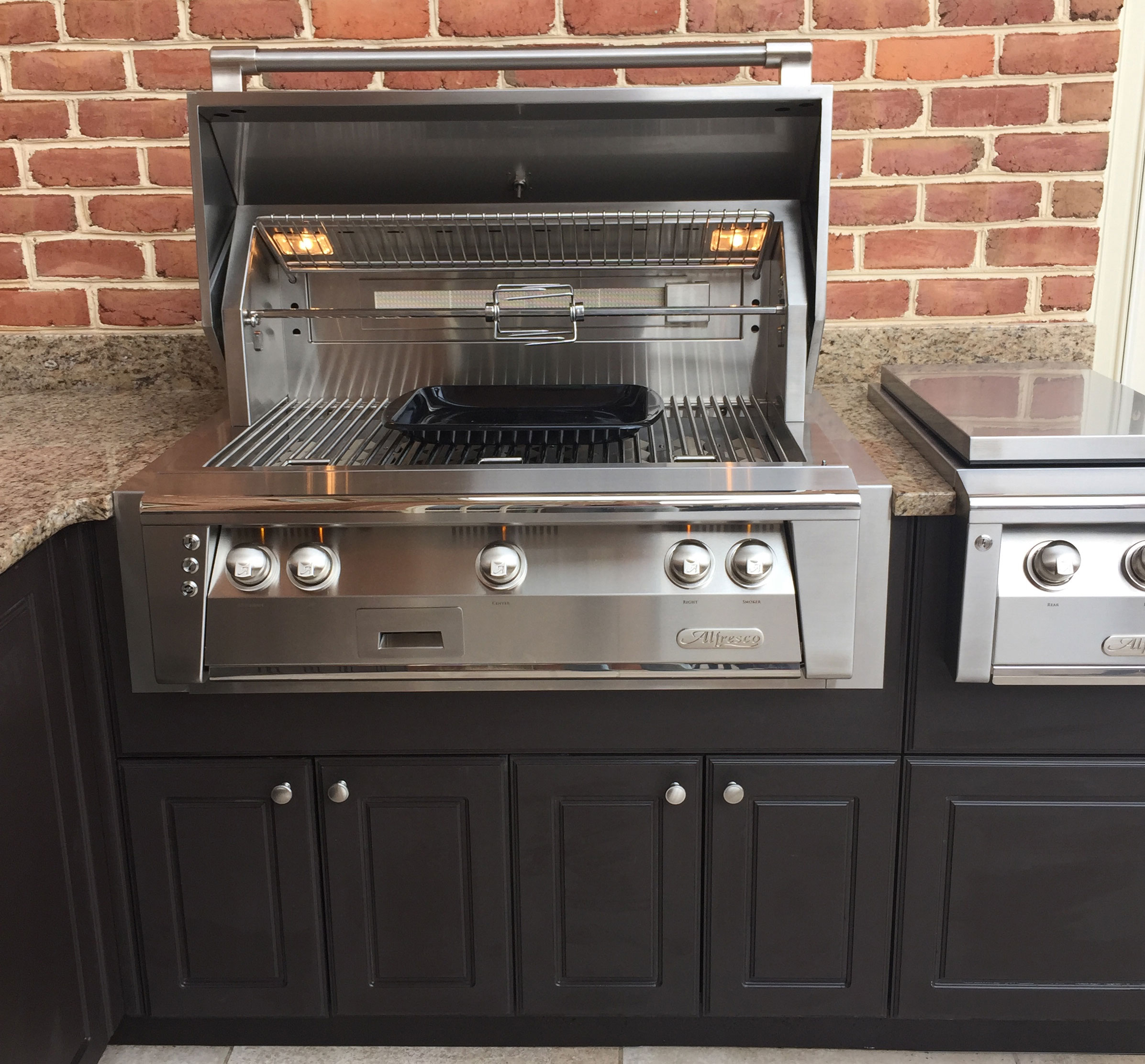 Alfresco Grill in Werever Cabinets