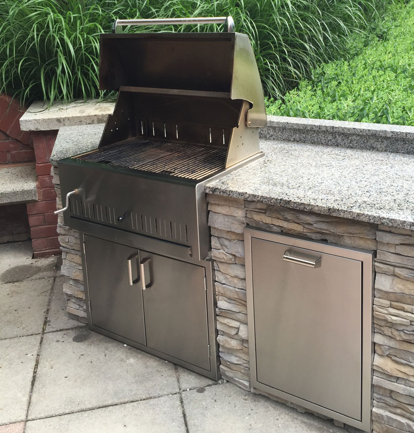 30 Outdoor Kitchens And Grilling Stations: Affordable Outdoor Kitchens