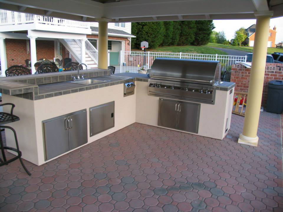 Pre built set in place islands affordable outdoor kitchens for Ready made outdoor kitchen