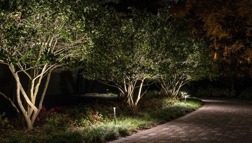 landscape lighting tips affordable outdoor kitchens. Black Bedroom Furniture Sets. Home Design Ideas