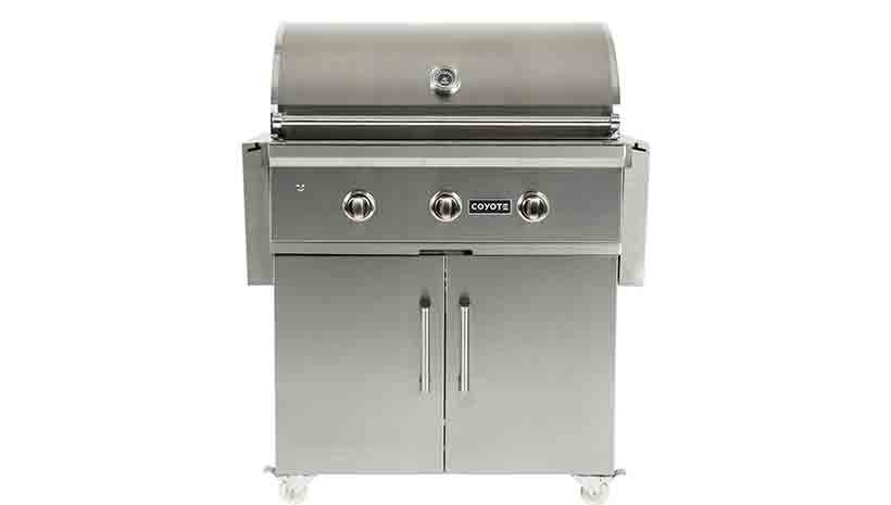 Coyote c series 34 inch 3 burner freestanding cart gas for Coyote outdoor grills