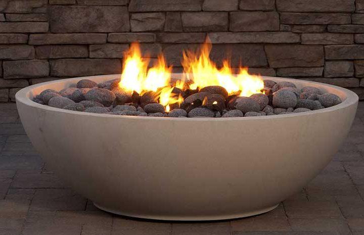 EO_Mezzaluna_Fire_Bowl_Oyster_Shell_Honed_crop_cf4366b3-6da5-428a-9a11-045d9f07d96a_1024x1024
