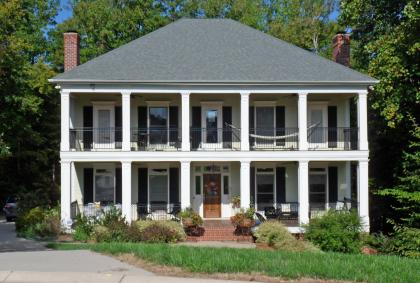Southern colonial housing styles House design plans