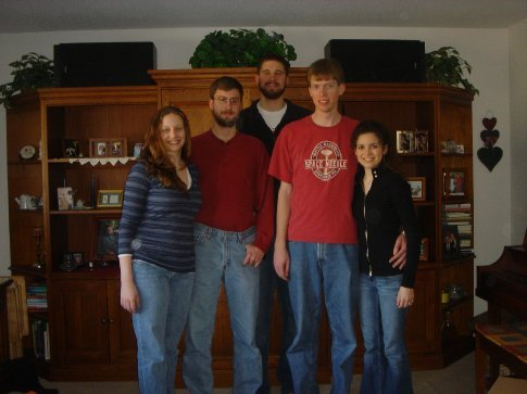 Ana, Jesse, Dick, Brandon and I over for a delicious lunch at Dick's house.  Thanks, Mrs. Bacus!!!  (Is it me, or does this picture make me look short? -Arielle)