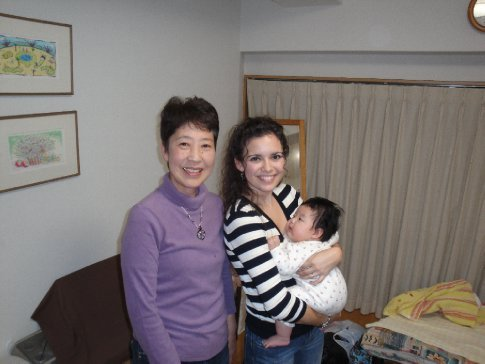 Mom Tomita, Arielle, and baby Iori