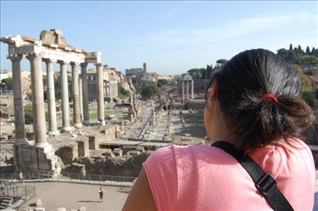 View of the Palatino area to Colosseum...
