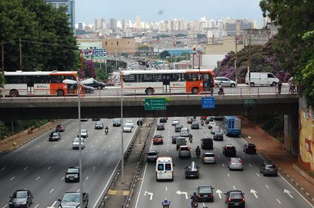 Sao Paulo from a bridge near Japanese district
