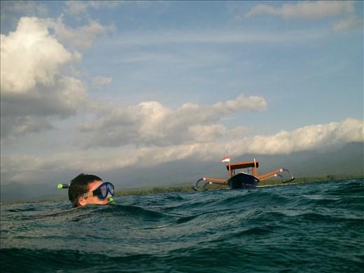 dave snorkelling at gili air