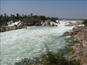 Mekong waterfall, biggest by vol in SE Asia: by all_powered_up, Views[330]