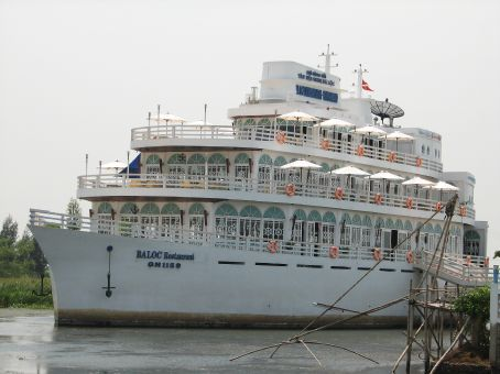 A little town in the middle of Vietnam...why wouldn't you get a cruise liner?