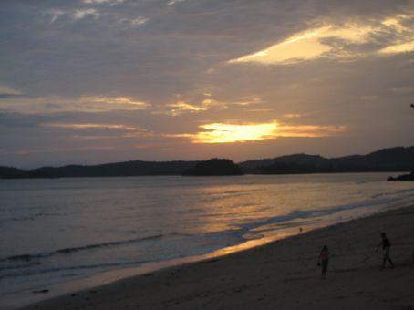 Ao Nang beach...rubbish