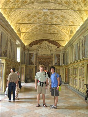 Sumner and Taylor at the Vatican Museum.