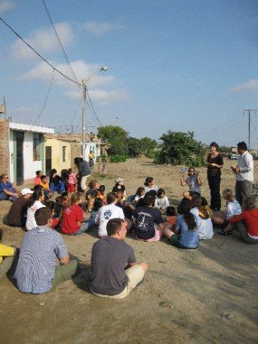 Bible School in a dirt road in Los Pinos