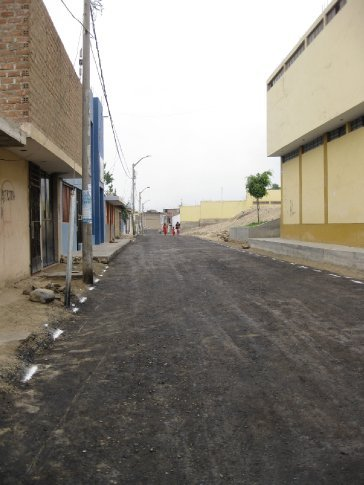 The road between the Church in Wichanzao and Clinic and Sinergia.  It is exciting to see the newly paved roads!