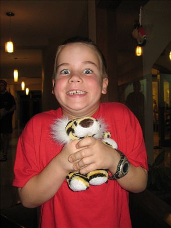 Isaac and Sparkles (renamed Sparky by our group).  Sparkles is my neice´s travel tiger.  He is having a fabulous time and the children in Grace´s class will learn about Peru through his travels.